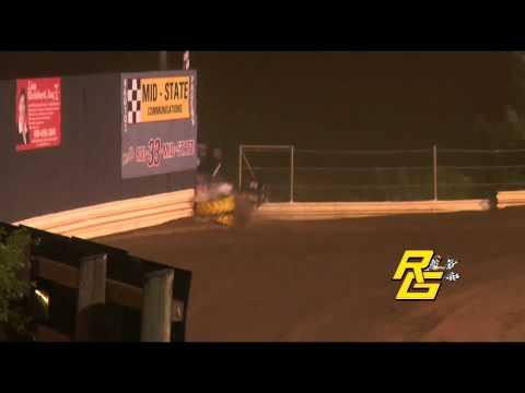 Steve Kinser's Hard Crash at New Egypt Speedway