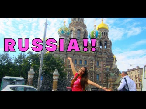 JulieG AUGUST Vlog: WELCOME TO RUSSIA!!