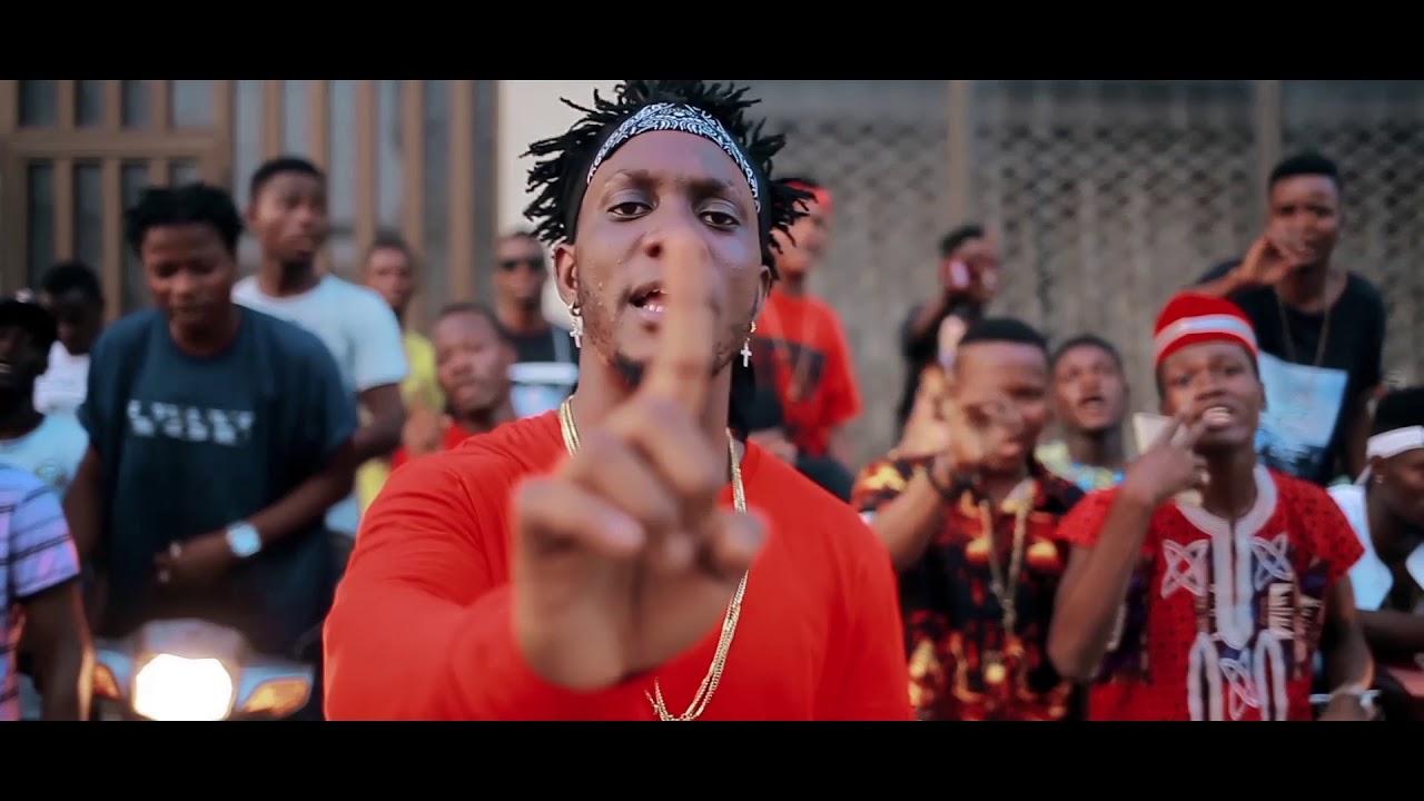 Download SIANO BABASSA - AGBA MAN WA (clip officiel)