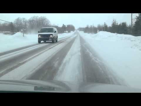 HW 10 to Collingwood Ontario Driving with strong winds and snow