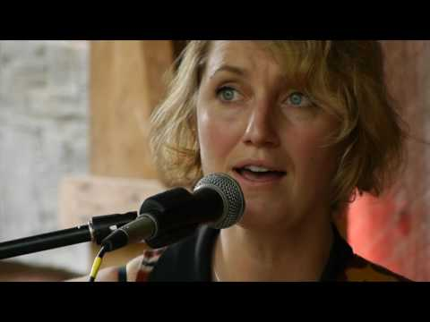 Joan Shelley II Gladden House Sessions 2016