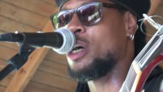"Omari Banks Performs  ""Prince of Darkness"""