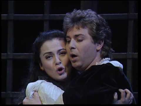 Romeo & Juliette : Balcony scene final duet