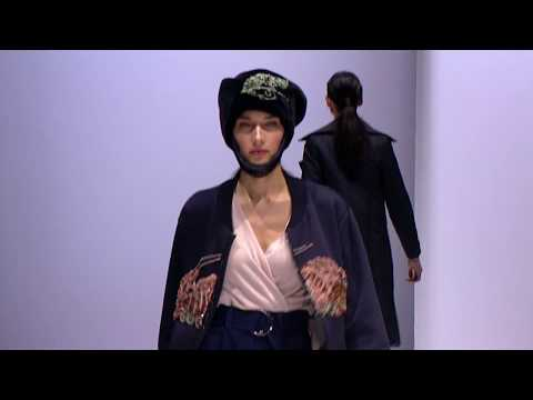ALINA ASSI  -  показ коллекции на неделе моды, в Гостином дворе 2019