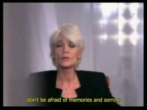 Françoise Hardy sings Message personnel eng subs