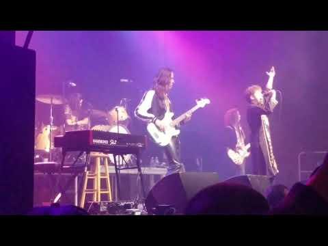 Greta Van Fleet - Black Smoke Rising - Spokane WA 2017