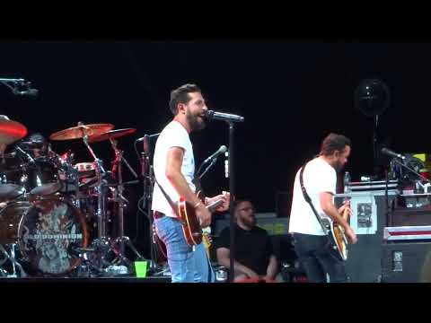 Old Dominion sings New song