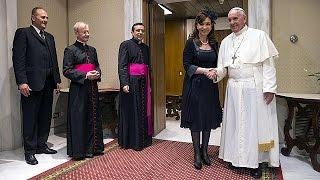 اجتماع مطول بين البابا ورئيسة الأرجنتين   8-6-2015