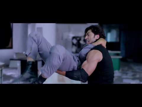 Amazing Stunts Of Vidyut Jammwal