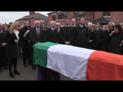 Frances Black sings Raglan Rd at the funeral of Martin McGuinness