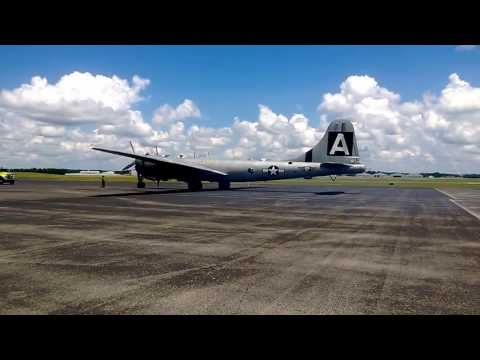 FIFI B-29A Start up and take off