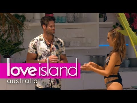 Millie And John James Get Their Flirt On   Love Island Australia 2018