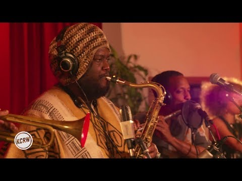 Kamasi Washington performing ''Street Fighter Mas