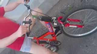 Пьяный велосипед(Собственно принцип работы пьяного велосипеда и пробная поездка... Был сделан для ВелоПарада в Бобруйске..., 2015-07-06T11:24:19.000Z)