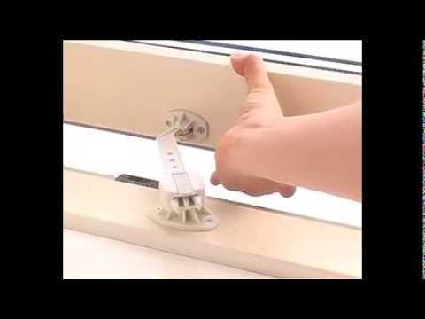 Entrebailleur De Fenetre Blanc 8248 Par Baby Dan Youtube