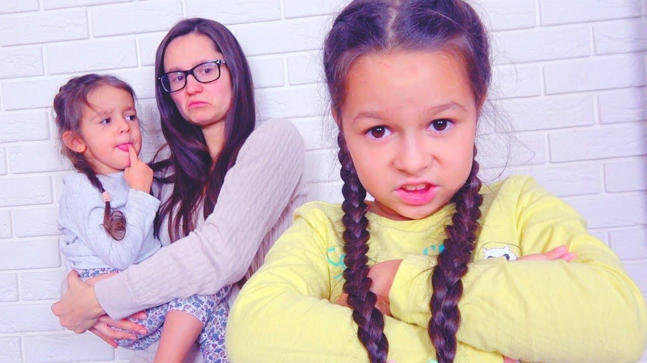 Download MAMA MNIE NIE KOCHA! Czy Młodsza Siostra Jest Najlepsza?
