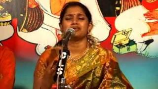 Shri Krishnam Bhaja Manasa - Dikshitar Kriti - Thodi Raga by Kodampally Sreeranjini Pradeep