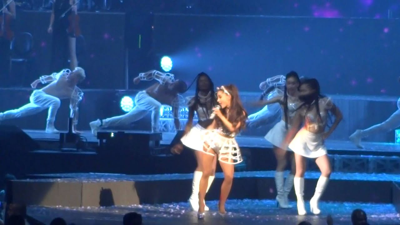 Ariana Grande Honeymoon Tour Break Free San Antonio