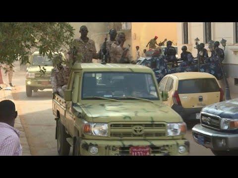 afpbr: Ex-presidente sudanês acusado de corrupção | AFP