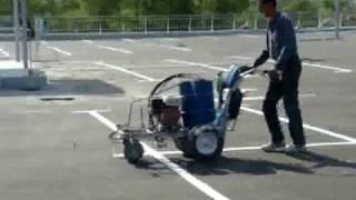 Нанесение дорожной разметки на паркинге(, 2009-04-14T10:10:12.000Z)
