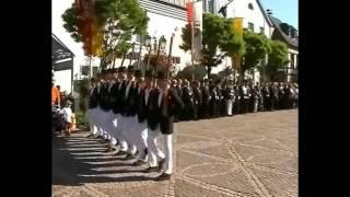 Parade der Junggesellen Schützenfest-Samstag 2002