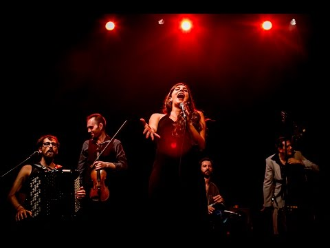 Hasta siempre, Comandante - Barcelona Gipsy balKan Orchestra  Live Barcelona 2016