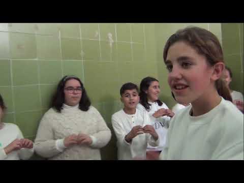 El CEIP Mare Nostrum canta y baila por la paz y contra la violencia