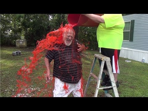THE COLD WATER CHALLENGE PRANK! (ICE BUCKET CHALLENGE)