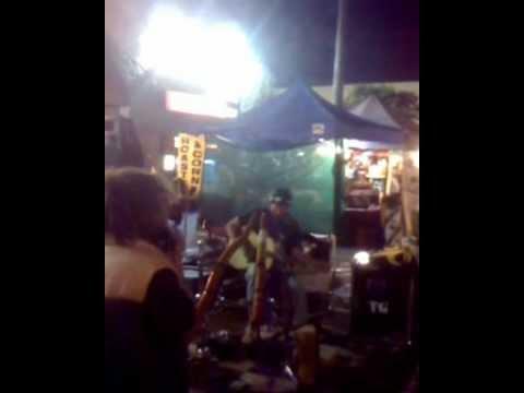 Ocean Beach Farmer S Market 12 5 2017 Live Music With Two Dideridoos