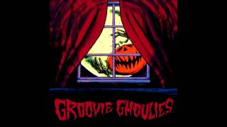 Watch Groovie Ghoulies Carly Simon video
