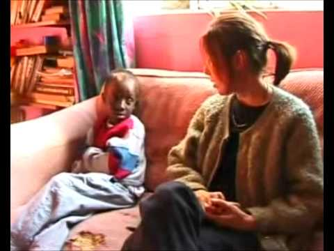 Questioning ''AIDS'' in South Africa by Robin Scovill (2000)