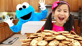 Download Jannie and Alex Catch the Cookie Monster Stealing Cookies | Pretend Play with Kids Food Toys Mp3 and Videos