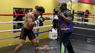 SHAWN PORTER DIGGING BLUNT SHOTS TO THE BODY FOR DANNY GARCIA DURING WORKOUT!