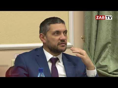 Недопонимание между главой региона и чиновниками доводит Александра Осипова до смеха