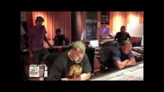 ★ Dr Dre In The Studio Making Beats (NEW) ★
