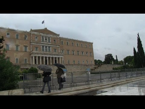 Greek parliament cracks down on Golden Dawn MPs