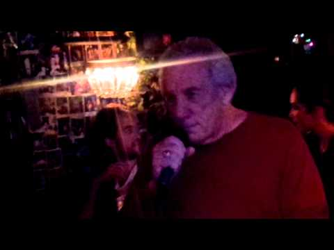 "Larry Davis sings ""Hallelujah"" live at Paolis"
