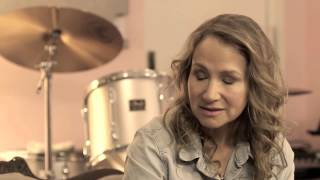 """Talking Love And Hate With Joan Osborne: """"Thirsty For My Tears"""""""