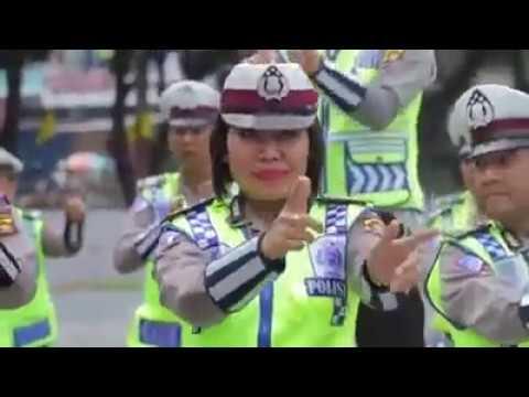 Polda Jambi asik Joged Maumere - Gemu Fa Mi Re