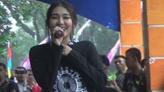Video Cinta Terlarang ( Ilir 7 ) VIA VALLEN OM.SERA Live Serulingmas 27 Maret 2016 download MP3, 3GP, MP4, WEBM, AVI, FLV Desember 2017