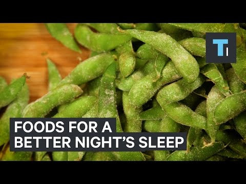 Foods to eat before bed to get a better night's sleep