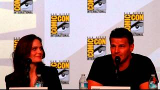 Bones panel Comic-Con 2012 - Serial killers and therapy