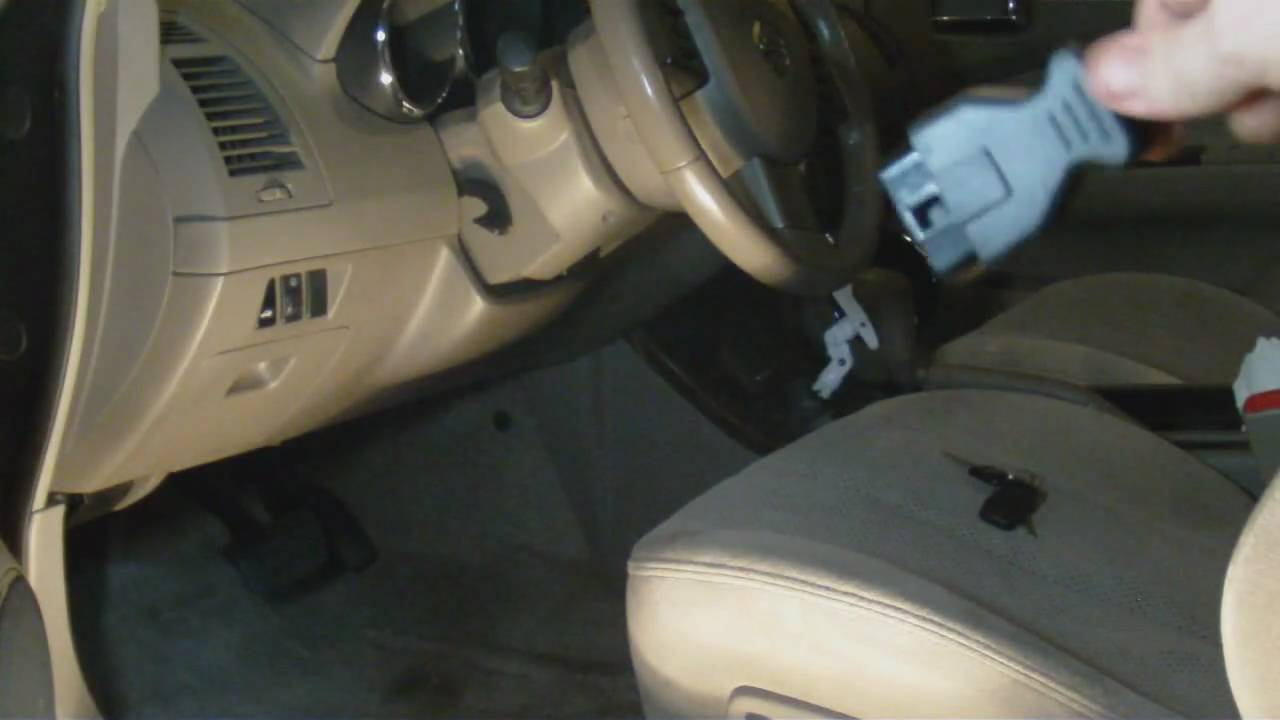 Check Engine Light On? Learn how to use a code scanner
