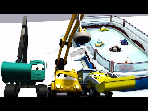 Construction Squad: Dump Truck, Crane and Excavator build an Ice Skating rink in Car City