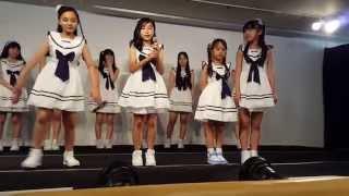 2015年6月7日 アメ横アイドル劇場にて。 Théâtre☆filles 少女劇場<ShowGeki>小学生組の自己紹介。