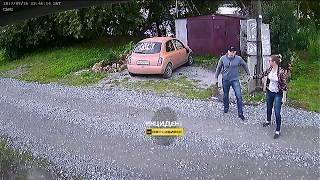 Новосибирск. Неадекватный сосед с топором.
