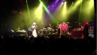 Erykah Badu - House of Blues - BOSTON - 3/3/13 - BADUIZM - Sometimes (Mix #9)
