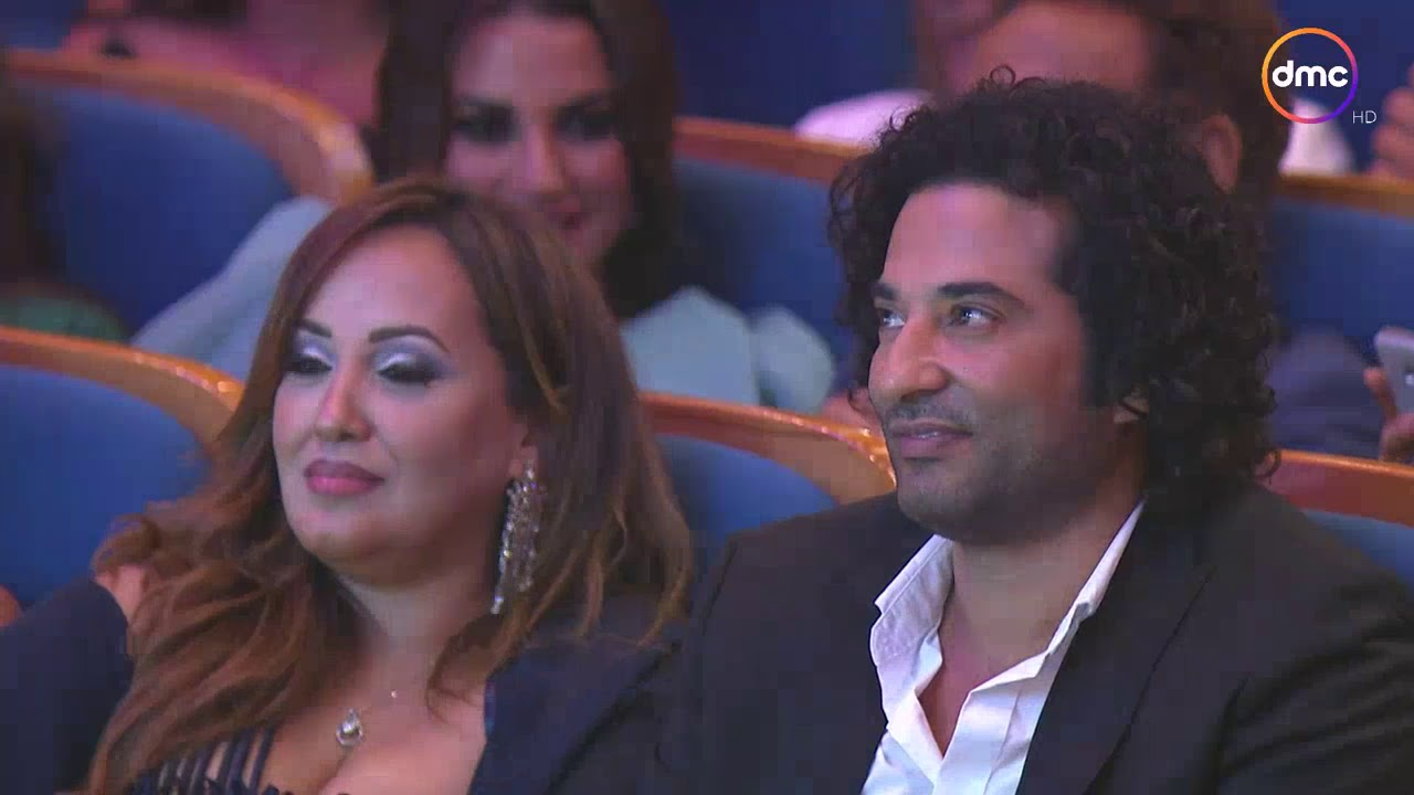 """جائزة أفضل ممثل دور أول للفنان """"أحمد عز"""" وتسلمها له الفنانة صابرين #ACA"""