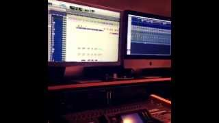 Nicky Jam Ft. De La Ghetto- Travesuras Official Remix Preview