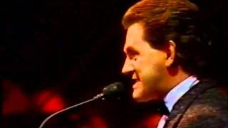 Elaine Paige and Tommy Korberg -Mountain Duet - Chess in Concert 1984